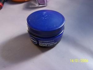 nivea regenerating night cream