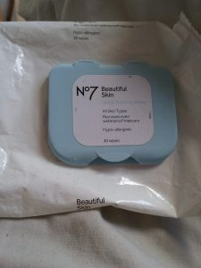 no7 beautiful face wipes