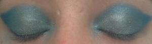 eye makeup step 2 blend
