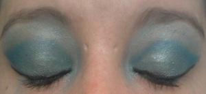 eye makeup step 4 gel liner and mint brow bone